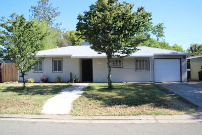 Single Family Home For Sale: 3401 Mayfair Drive