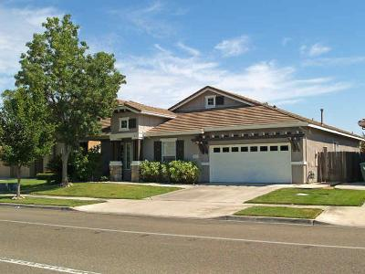 Modesto CA Single Family Home For Sale: $370,000