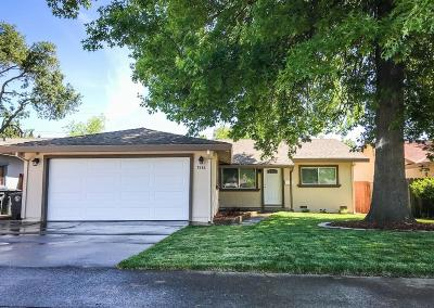 Citrus Heights Single Family Home For Sale: 7536 Almondwood Avenue