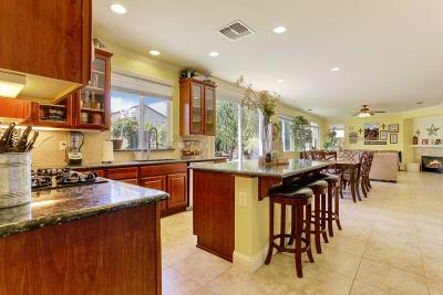Lathrop Single Family Home For Sale: 543 Carnaby Road