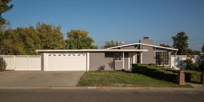 Carmichael Single Family Home For Sale: 4853 Hazelwood