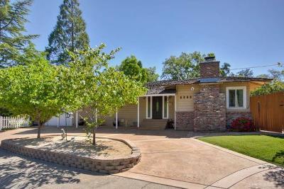 Sacramento Single Family Home For Sale: 4070 Melzenda Way