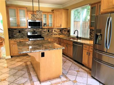 Single Family Home For Sale: 4751 Savoie Way