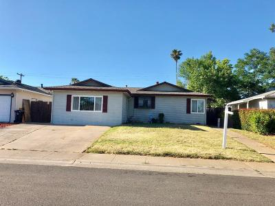Rancho Cordova Single Family Home For Sale: 10445 Abington Way