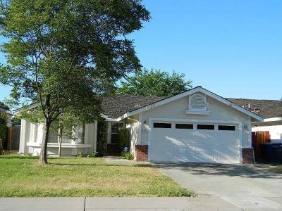 Sacramento County Single Family Home For Sale: 930 Dondra Way