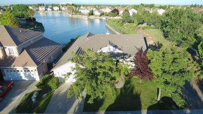 Single Family Home For Sale: 4721 Windsong Street