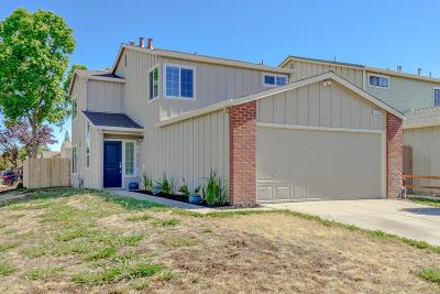 Roseville Single Family Home For Sale: 328 Hemphill Way