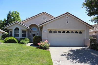 Roseville Single Family Home For Sale: 617 Blackstone Court