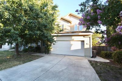 Elk Grove Single Family Home For Sale: 5810 Zoller Court