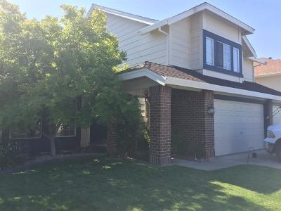 Roseville Single Family Home For Sale: 1521 Carbury Way