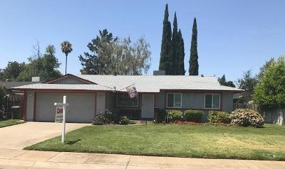 Rancho Cordova Single Family Home For Sale: 2520 La Cumbra Circle