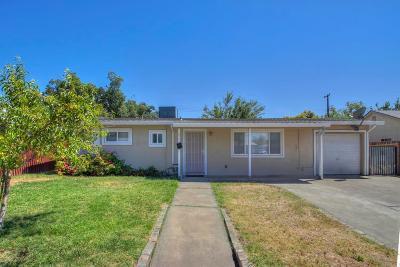 Sacramento Single Family Home For Sale: 650 Acacia Avenue