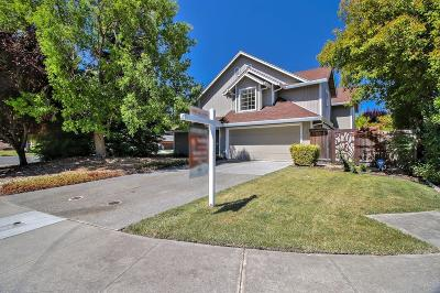 Sacramento Single Family Home For Sale: 3 Freon Court