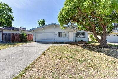 Sacramento Single Family Home For Sale: 3012 Lerwick Road