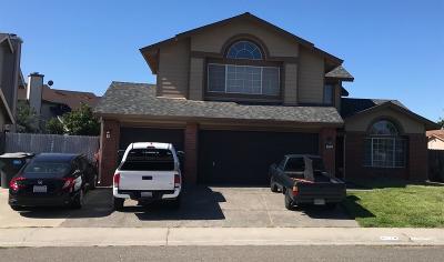 Sacramento Single Family Home For Sale: 8774 Inisheer Way