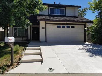Rancho Cordova Single Family Home For Sale: 2320 Pecan Grove Way