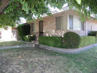 Sacramento Multi Family Home For Sale: 7328 Willow Lake