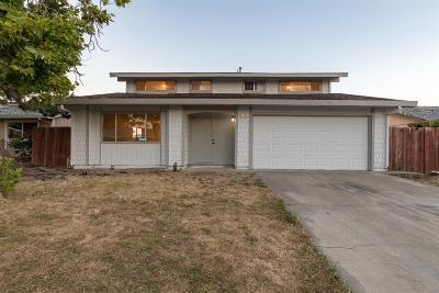 Sacramento Single Family Home For Sale: 119 Decathlon Circle