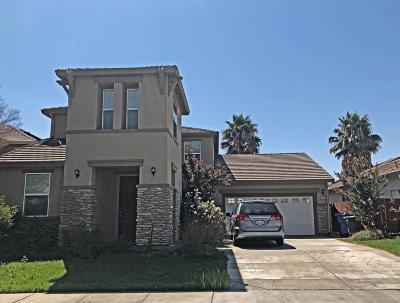 Sacramento Single Family Home For Sale: 3414 La Cadena Way