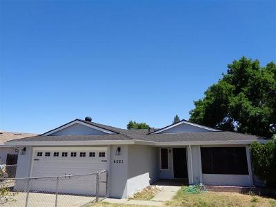 North Highlands Single Family Home For Sale: 4021 Bainbridge Drive