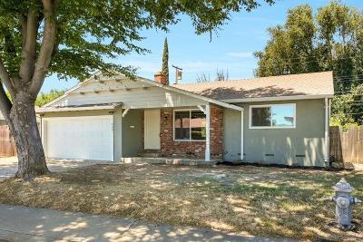 Sacramento Single Family Home For Sale: 605 Norgard Court #605
