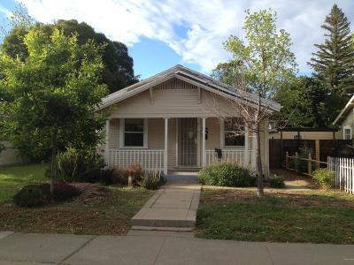 Sacramento Single Family Home For Sale: 4409 13th Avenue