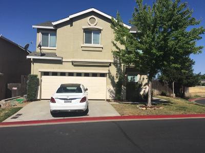 Cameron Park Single Family Home For Sale: 2613 Chesapeake Bay Circle