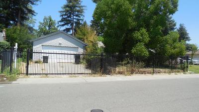Sacramento Single Family Home For Sale: 5409 48th Avenue