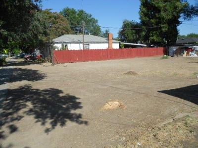 Modesto Residential Lots & Land Active Court Cont.: 1813 Evergreen Avenue