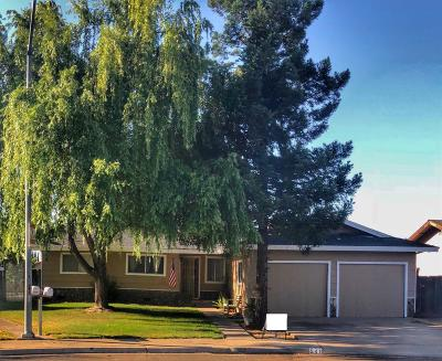 Turlock Single Family Home For Sale: 541 Bates Way