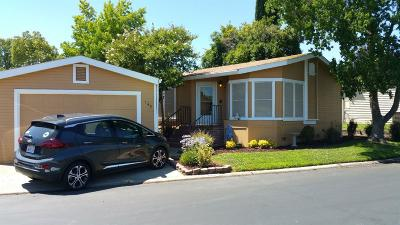 Roseville Mobile/Manufactured For Sale: 145 Brunswick Way