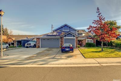 Rocklin Single Family Home For Sale: 5658 Montclair Circle