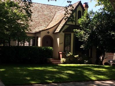 Sacramento Single Family Home For Sale: 2763 12th Street