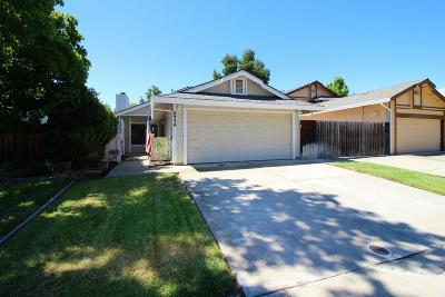 Elk Grove Single Family Home For Sale: 6920 March