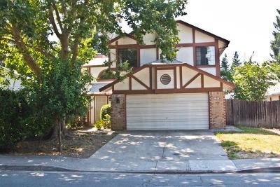 Sacramento Single Family Home For Sale: 2765 Stonecreek Drive