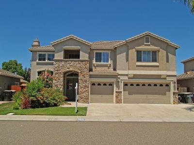 Single Family Home For Sale: 2521 Promenade Way