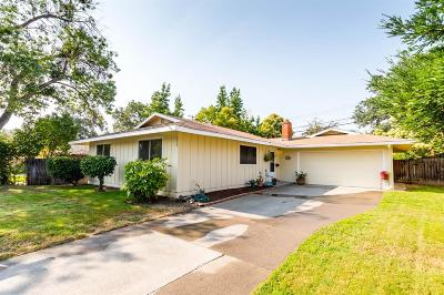 Roseville Single Family Home For Sale: 532 Loretto Drive