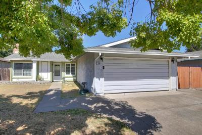 Sacramento Single Family Home For Sale: 7886 Deerleaf Drive