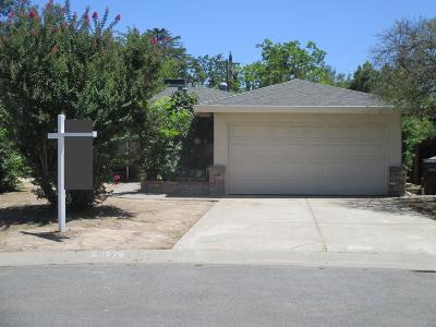 Sacramento Single Family Home For Sale: 3622 Jade Court