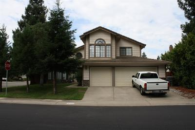 Elk Grove Single Family Home For Sale: 8901 Ashwell Way