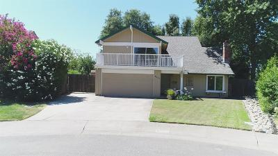 Citrus Heights Single Family Home For Sale: 8022 Peppermint Court