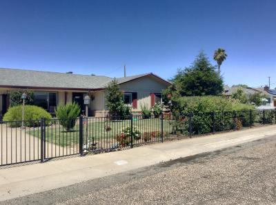 Isleton Single Family Home For Sale: 25 3rd Avenue