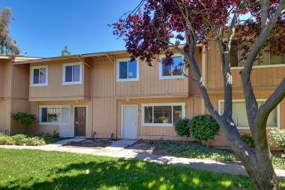 Sacramento Single Family Home For Sale: 5997 Bamford