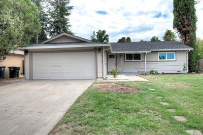 Single Family Home For Sale: 10718 Segovia Way