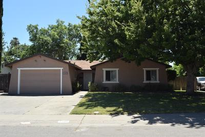 Sacramento Single Family Home For Sale: 6206 Jack London Circle