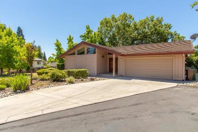 Rancho Murieta Single Family Home For Sale: 14901 Lago