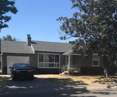 Sacramento Single Family Home For Sale: 5640 34th Avenue