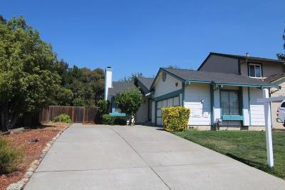 Livermore Single Family Home For Sale: 414 Andrea Circle