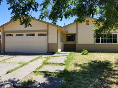 Stockton Single Family Home For Sale: 2130 Valmora Drive