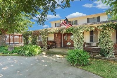 Acampo CA Single Family Home For Sale: $629,900